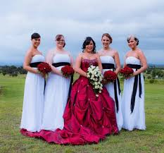 traditional wedding non traditional wedding ideas wedding fanatic