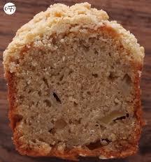 qu est ce que l amaretto en cuisine c est ma fournée le crumble cake poire amaretto de yotam