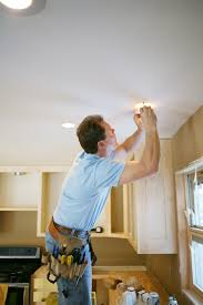 Recessed Lighting Installation How To Install Recessed Lighting Lovetoknow