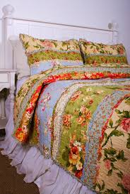shabby chic white quilt best 25 king quilts ideas on pinterest quilt patterns quilt