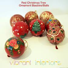 tree ornaments balls baubles pack vibrant interiors