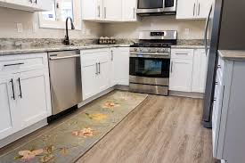 is vinyl flooring or bad what are the pros and cons of vinyl plank flooring