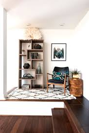 Living Room Furniture Ideas For Small Spaces 25 Best Living Room Corners Ideas On Pinterest Corner Shelves