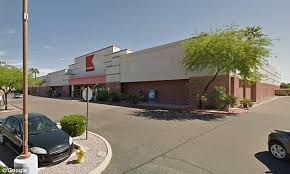 Wedding Arch Kmart Sears Is Closing 28 Kmart Stores By Mid November Daily Mail Online
