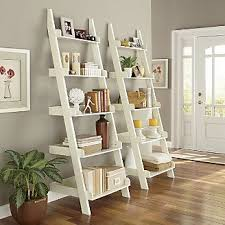 Wooden Ladder Bookshelf Plans by Best 25 Leaning Ladder Shelf Ideas On Pinterest Leaning Shelves
