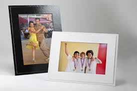cardboard photo frames for event photography studio style