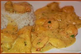 cuisiner crevette recette de curry de crevettes à la mangue la recette facile