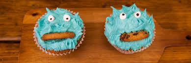 4 super quick ways to ice cupcakes