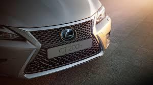 lexus is 300h kuro sanaudos hibridinis lexus automobilis ct 200h mototoja