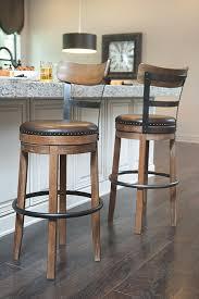 amazon com ashley furniture signature design pinnadel swivel