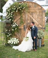 wedding backdrop pictures 55 vintage door wedding backdrops happywedd
