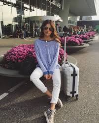 travel outfits images 13 comfortable outfit ideas to wear while traveling jpg