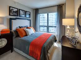 2 Bedroom Apartments In Chicago Amli River North Rentals Chicago Il Apartments Com