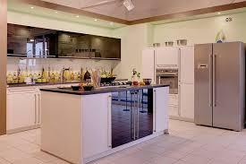 luxus kche mit kochinsel bauformat musterküche küche mit kochinsel ausstellungsküche in
