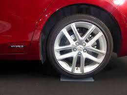 lexus ct200h tires size file the tire wheel of lexus ct200h zwa10 jpg wikimedia commons