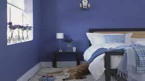 chambre peinte en bleu couleur de peinture pour une chambre kirafes