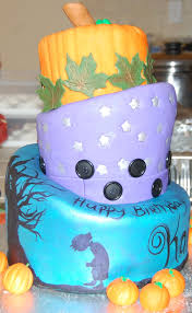 tiered halloween cakes coraline birthday cake cakecentral com