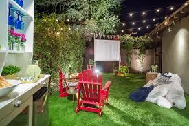 Backyard Outdoor Theater How To Make An Easy Outdoor Movie Screen Hgtv