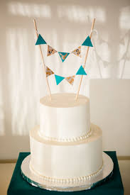 the top 11 types of wedding cake toppers weddingwire