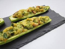 cuisiner courgette petites courgettes farcies aux pois chiches plats cuisinés