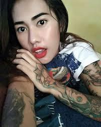 tato keren wanita indonesia cewek bertato cewek bertato instagram photos and videos
