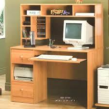 ordi de bureau petit meuble pour ordinateur bureau pour pc couper le souffle bureau