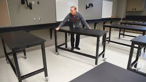 Miley Table L Willmar Middle School Rings In New Year With New Classrooms West