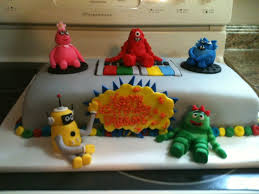 yo gabba gabba birthday cake3d cards 9 best cakes images on biscuits birthday