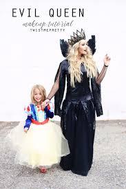 Queen Ravenna Halloween Costume Evil Queen Makeup Hair Tutorial Queen Ravenna Twist Pretty