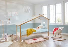 idee peinture chambre enfant photo deco chambre enfant avec enchanteur peinture decoration