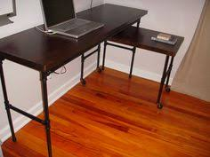 100 Diy Pipe Desk Plans Pipe Table Ideas And Inspiration by Industrial Pipe Desk U2013 Diy From Vanillaandvelvet Com Home Office