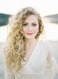 hairstyles for plus size women with thick curly hair best 25 long curly hairstyles ideas on pinterest curly hair