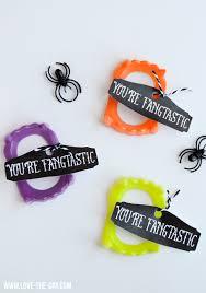 25 non candy halloween treat ideas princess pinky