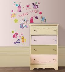 amazon com my little pony st0634 st0634 my little pony wall amazon com my little pony st0634 st0634 my little pony wall stickers 39 reusable stickers home improvement