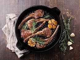 comment cuisiner l agneau comment faire cuire l agneau grillades et rôtis d agneau