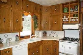 Knob Placement On Kitchen Cabinets Vintage Kitchen Cabinets Suarezluna Com