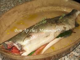 cuisiner du saumon au four saumon entier au four au vin blanc herbes aromatiques et gingembre