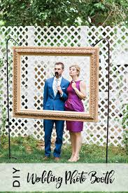 diy wedding photo booth using an open back picture frame wedding
