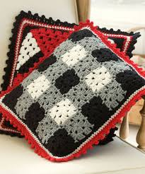 Free Cushion Crochet Patterns Plaid Pillow Free Crochet Pattern From Red Heart Yarns Decorate
