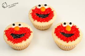 elmo cupcakes elmo cake and elmo cupcakes