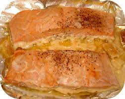 cuisiner pavé de saumon au four papillote de saumon à la crème