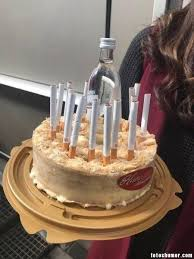 imagenes de cumpleaños graciosas para hombres borrachos tarta de cumpleaños para borrachos fumadores fotos de humor