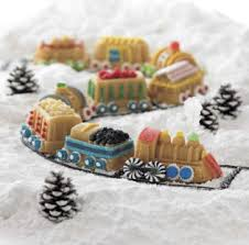 Christmas Cake Decorations Marzipan by Christmas Cake Decorating Ideas