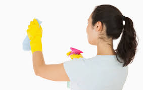 how to clean distemper painted walls