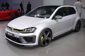 volkswagen geneva vw golf r420 will allegedly arrive at the 2016 geneva auto show