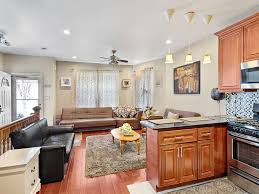 Courts Furniture Store In Queens New York by Awesome 3 Bed 2 Bath House For Family Busin Vrbo