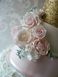 bespoke wedding cakes buttercup cakes beautiful bespoke wedding celebration cakes