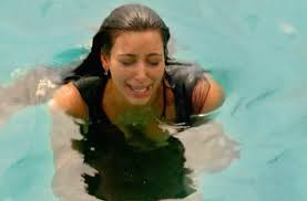 Kim Kardashian Crying Meme - kim kardashian explains the meltdown that led to kourtney s iconic