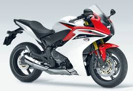 2011 Honda Cbr600f Review Sheep In Wolf S Clothing Youtube
