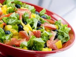 cara membuat salad sayur atau buah resep resep salad menyehatkan alternatif makan buah dan sayur annea